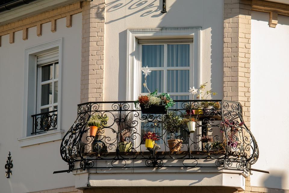 metal railings for balcony