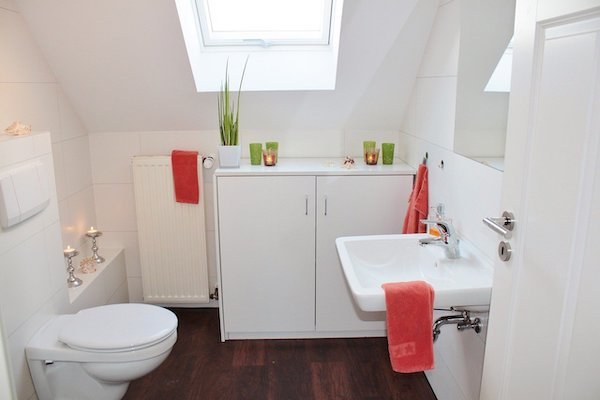 compact toilet