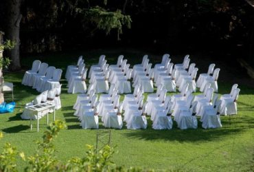 important event furniture rental tips