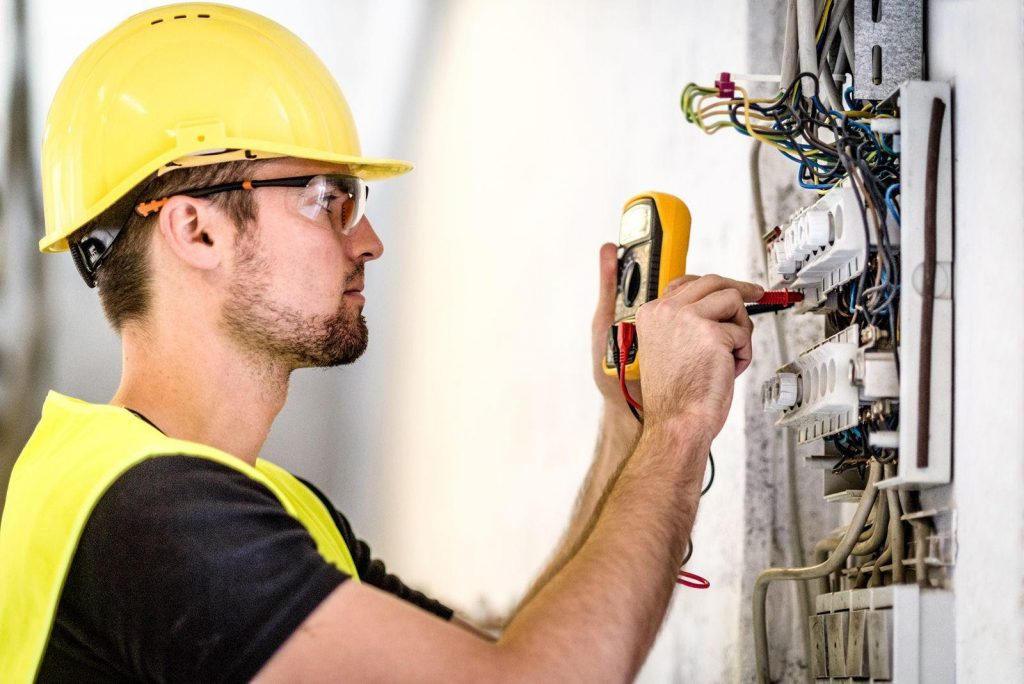 electrician in sa
